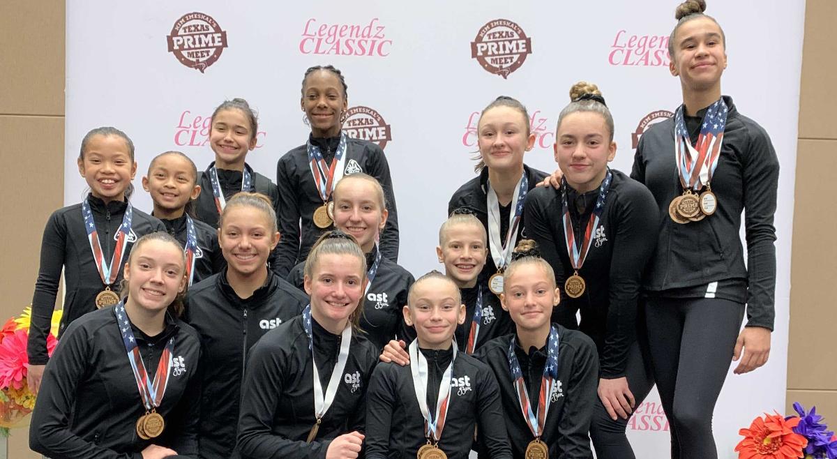 Un retour glorieux pour les gymnastes de l'Académie Ste-Thérèse qui s'envolaient pour le Texas du 15 au 20 janvier dernier !
